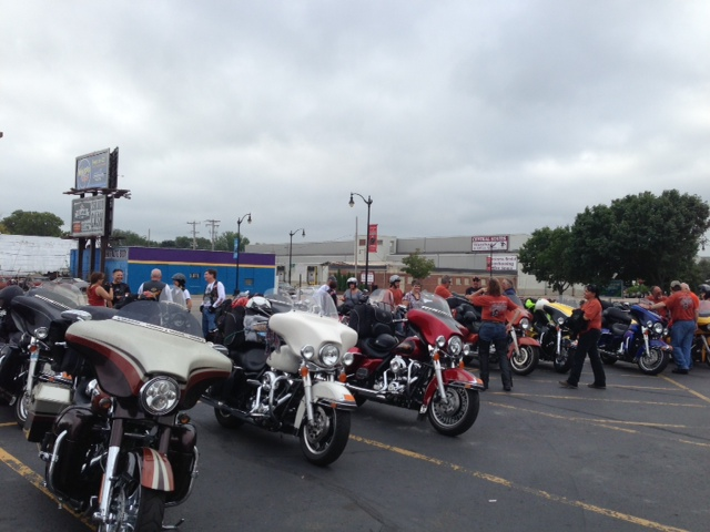 Grouping up to ride to Milwaukee